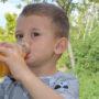 I succhi di frutta per bambini sono davvero così sani come potremmo pensare?